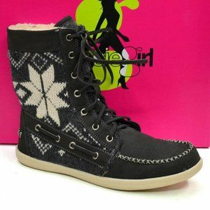 KENSIE GIRL Women's •Spencer• Moc Toe Lace-up Boot